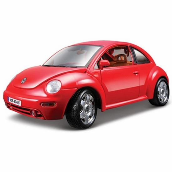 Bburago 1:24 VW New Beetle -czerwony