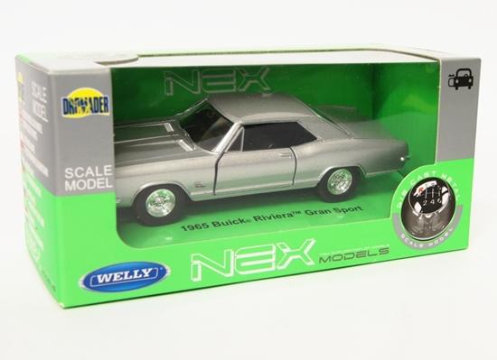 Welly 1:34 Buick 1965 Riviera Gran Sport - srebrny