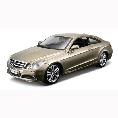 Bburago KIT 1:32 Mercedes-Benz E-class coupe -do złożeni (18-45126)