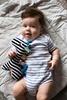 Mom's Care Kontrastowa przytulanka żyrafka Tymek metki
