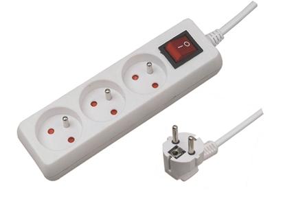 Przedłużacz 3G 1,5m Z/U  z wył. biały ELEKTRO