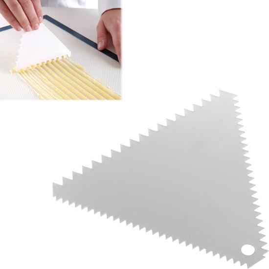 Skrobka cukiernicza trójkątna ZĄBKOWANA ze stali nierdzewnej 110x110mm - HENDI 554227